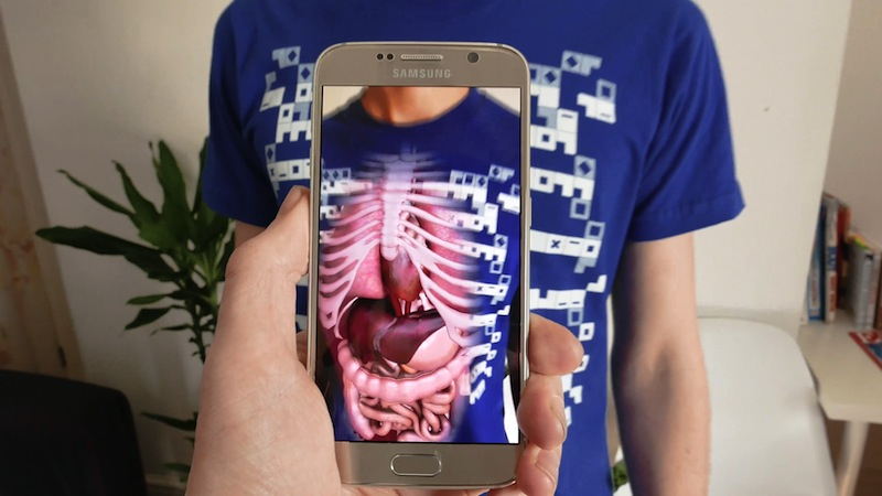 Virtuali-Tee Lets Users Learn About The Body Using Virtual Reality