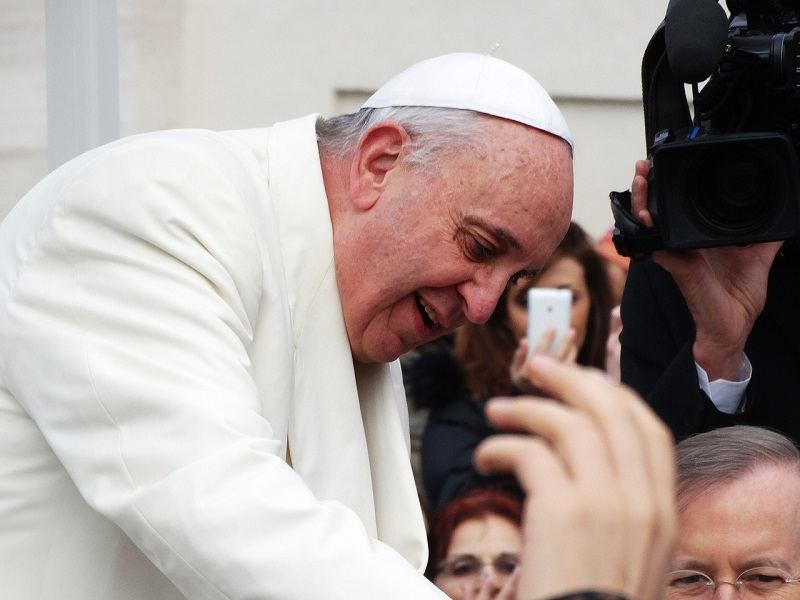 Pope Francis To Call International Space Station Astronauts
