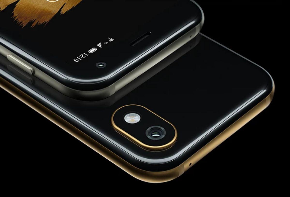 Palm Phone Standalone