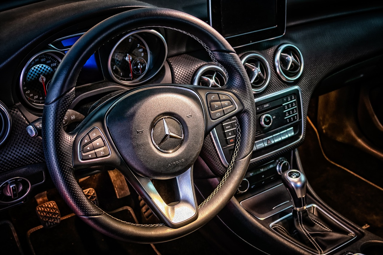 Mercedes-Benz App Leaked Car Owners' Data Including Their ...