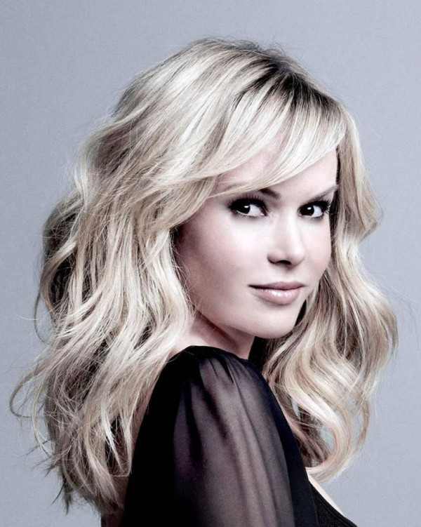 Amanda Holden is under after sharing petition 'No to 5G'