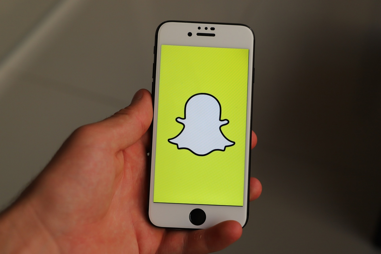 Snapchat is Currently Down; Here's What We Know so Far