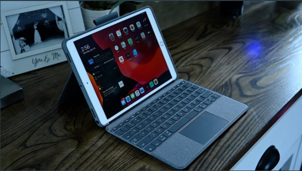 Logitech's Touchpad Case Is Your iPad's New And Cheaper Best Friend!