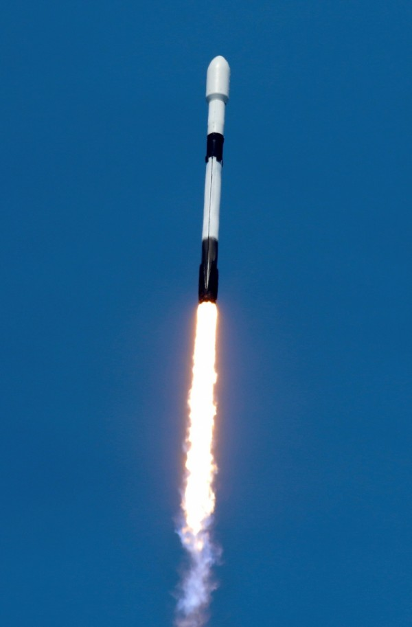 A SpaceX Falcon 9 rocket lifts off from pad 39A with the seventh batch of SpaceX broadband network satellites, at the Kennedy Space Center, in Cape Canaveral