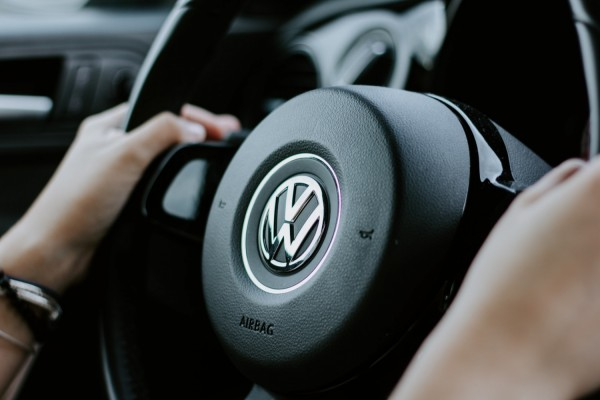 Volkswagen enters into a deal that seeks to improve self-driving cars