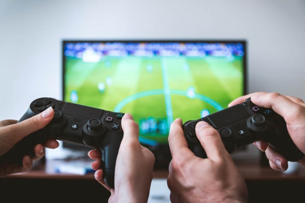 Third of Americans Playing More Video Games During Coronavirus Quarantine
