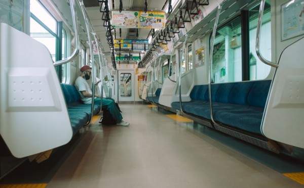 Sitting 8ft Away From Infected Person in a Train Still Have High Risk of COVID-19 Transmission