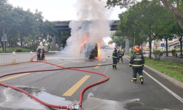 Li Auto and Xpeng Faces Quality Concerns After Electric Cars Explodes: Severely Damaged Battery Packs Were Found