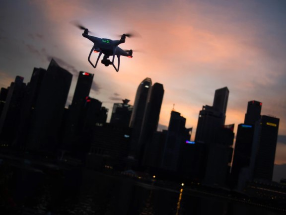 [VIRAL] Singapore Launches 'Fried Chicken Drone Delivery'; How to Order One?