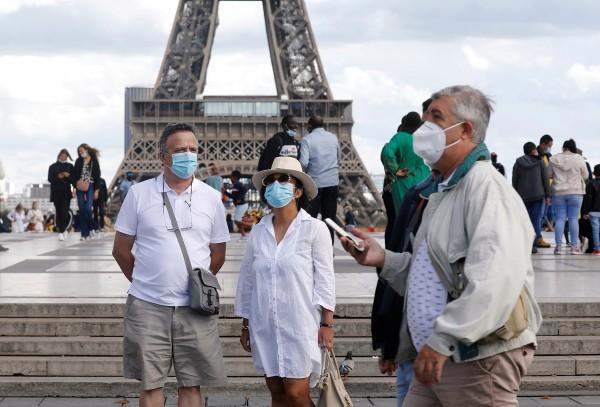 Outbreak of the coronavirus disease (COVID-19), in Paris