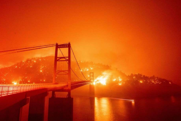 Shared Photos on Social Medias Could Hide Real Situation of San Francisco Wildfires Since Phones Auto Color Images