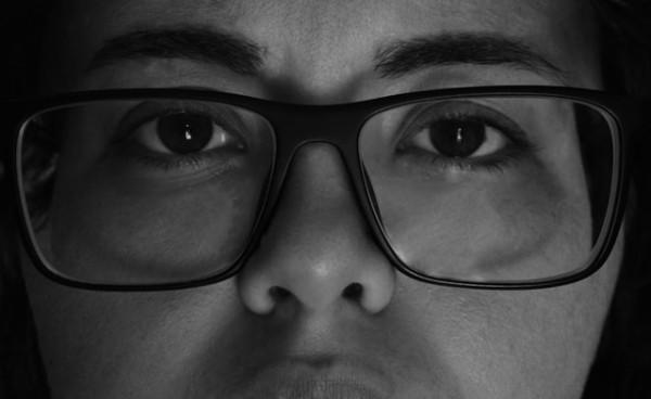 Game Poker Hologram Facebook Dimungkinkan Setelah Kacamata Cerdas Ray Ban Diluncurkan