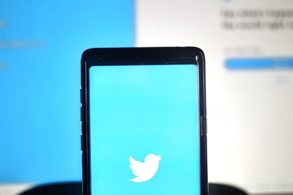 Twitter now distributes phishing-resistant security keys to employees after July high-profile attack