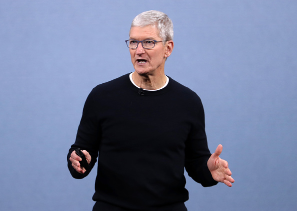 Tim Cook's Story: How the Son of a Shipyard Worker Makes Apple World's Most Valuable Company