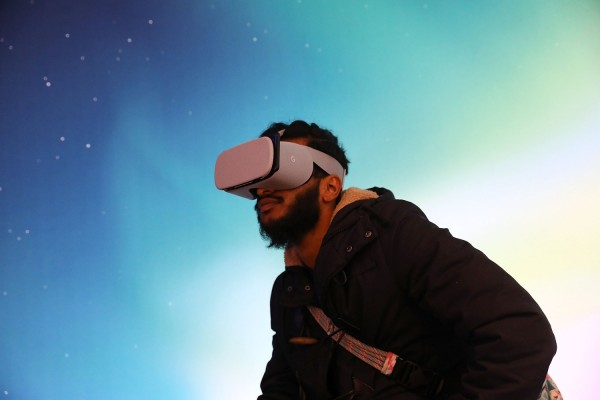 Best VR Headset 2020: Which Device is Great for Gaming, Movies, and More