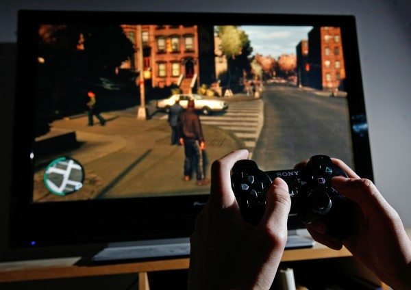 PS4 Players Sign Petition to Stop Sony's 8.00 Update Allowing to Listen and Record Party Audios