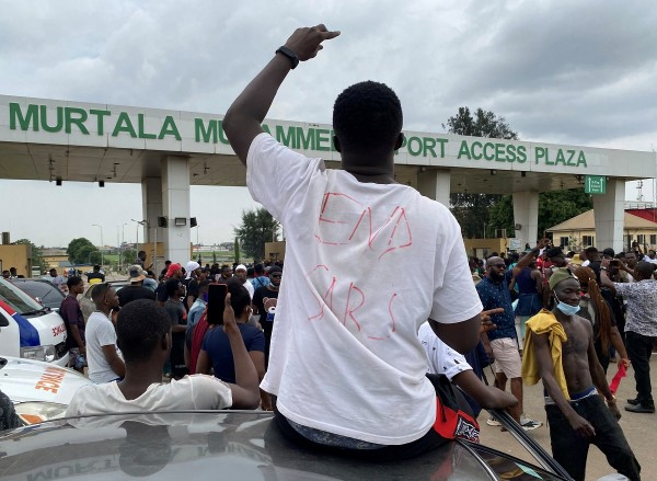 Demonstrators protest over alleged police brutality in Lagos