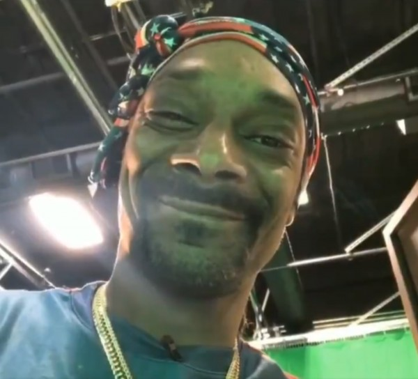 Snoop Dogg Gets an Xbox Series X Fridge Birthday Gift from Microsoft