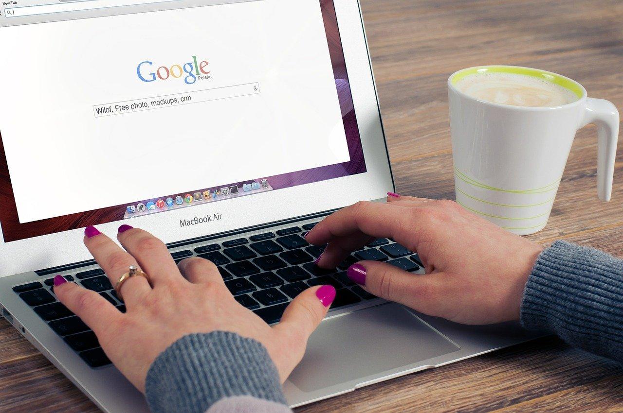 Apple Secretly Builds Own Search Engine, Amid Google Antitrust Battles
