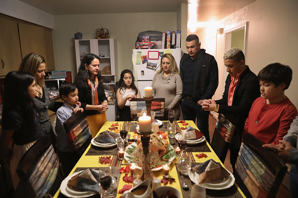 Here's What Experts Say You Should Do to Have a Hassle-Free Virtual Thanksgiving Party