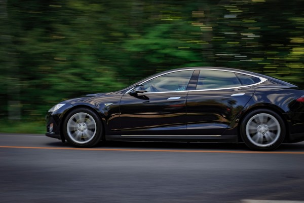 Tesla Will Refund Customers for Cost of Tesla MCU Repair Due to Memory Chip malfunction in Model S and X