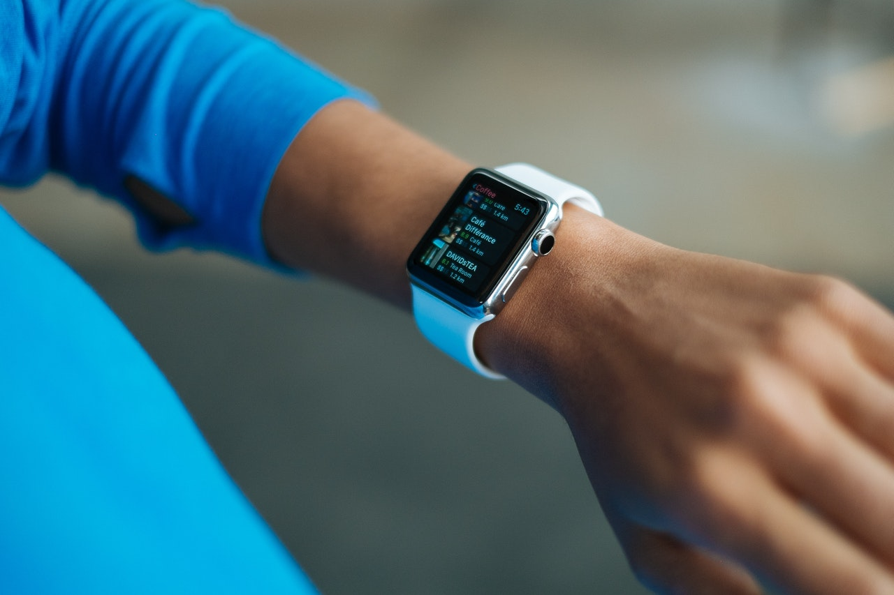 What do Smart Watches do? - 4 Useful Benefits of a Smart Watch