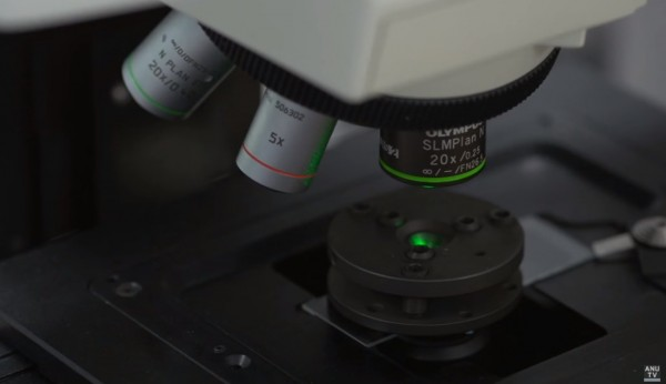 Australian National University Scientists use diamond anvil cell to produce harder, purest hexagonal diamonds in minutes!
