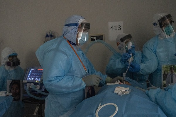 Houston Hospital Staff Works In COVID ICU On Thanksgiving