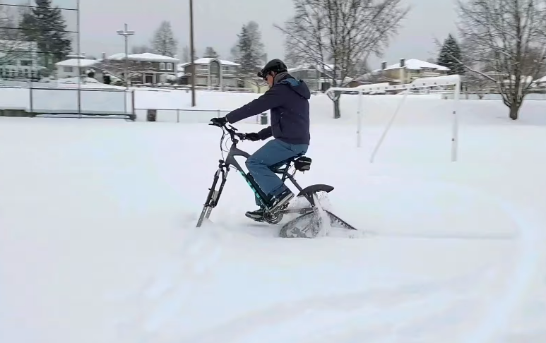 [Look] New Propulsion Kits Turns Basic Bikes into Electric Snowbike