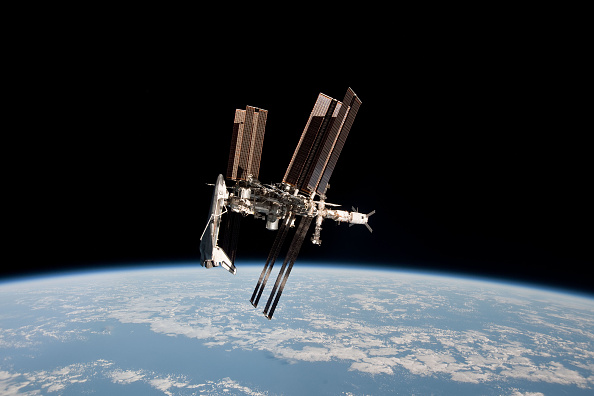 Cosmonauts Claim ISS Is Slowly Leaking Its Reserve Oxygen Supply! They Are Now Intensifying Search For Leakage