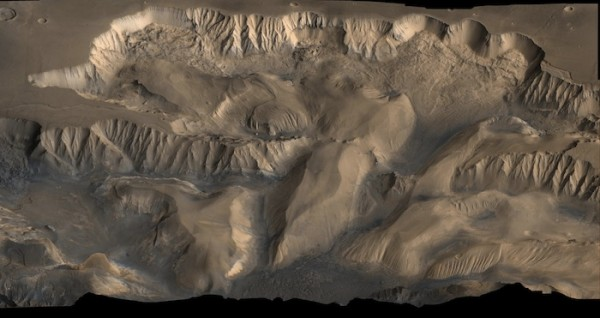 Mars Grand canyon biggest in the solar system