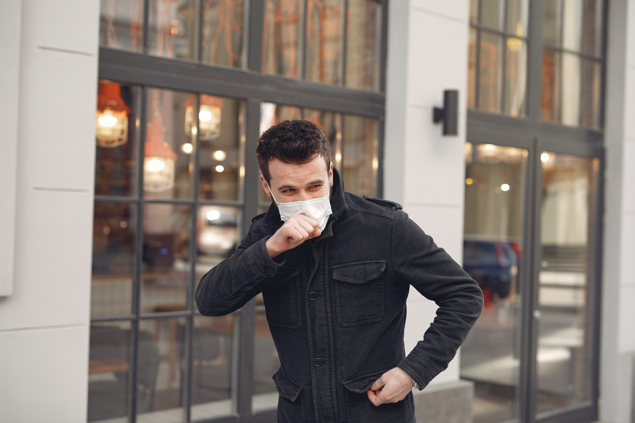asthma attack position to cope with symptoms