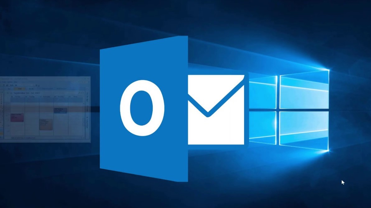 Microsoft Update Causes Outrage As Outlook Users are Forced to Pay a Fee to Keep Emails