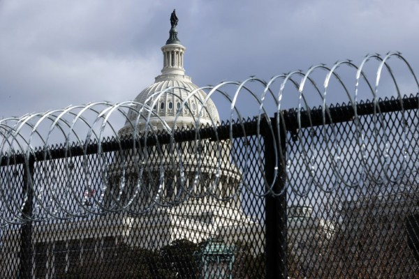 Acting Capitol Police Chief Recommends Permanent Fencing Around US Capitol