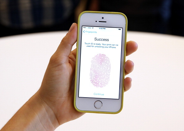 Your iPhone's Apple Ad ID Lets Third-Party Apps Know Your Real Name; Here's What Will Happen