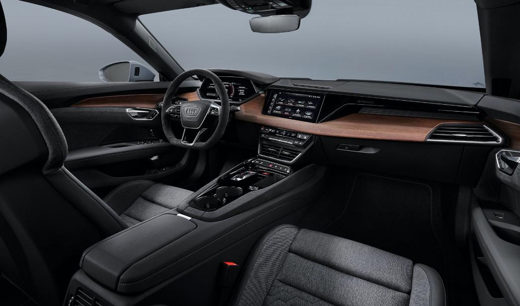 Audi Debuts Its Latest E-Tron GT! Can This Super EV Sedan Match Tesla Model S?