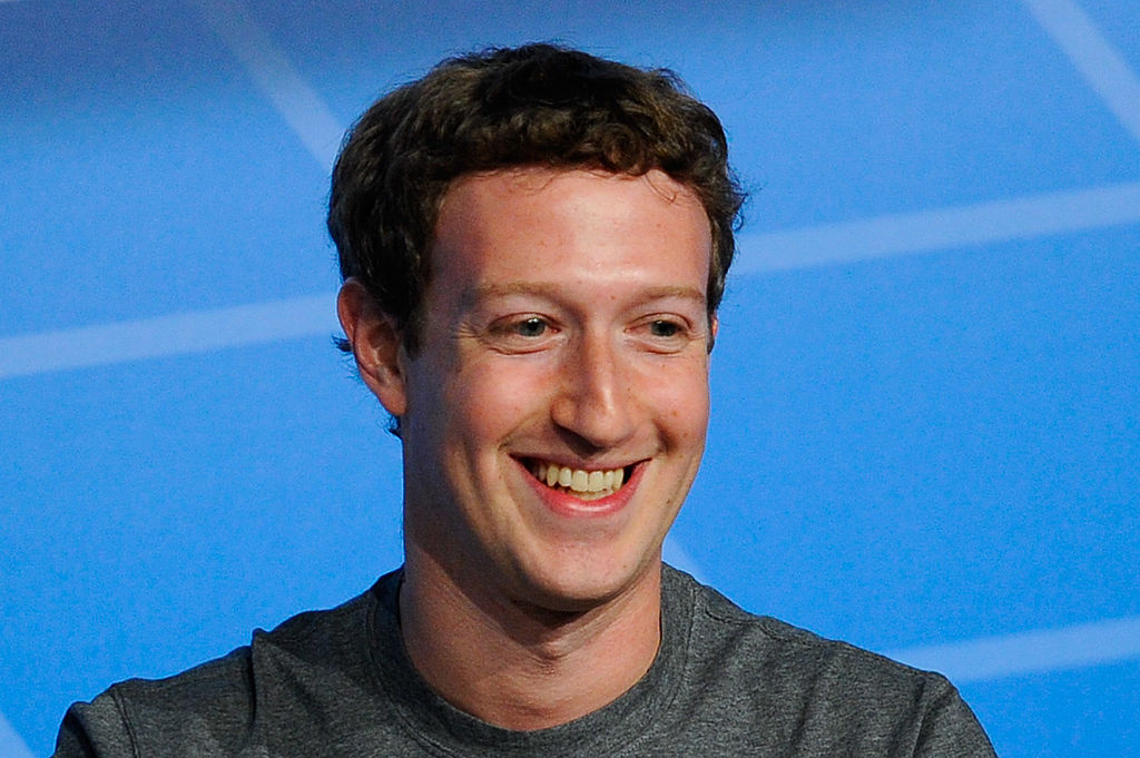Facebook's Health and Wellness Smartwatch To Be Released To Match Apple Watch!
