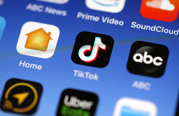 Rumors Claim TikTok's Viral 'Wee' Video Has a Creepy Message: What Does 'Me Voy A Matar' Mean?