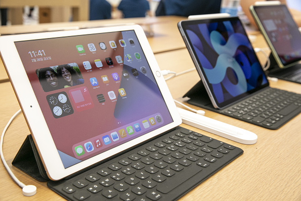 IPad 2022 Rumored to Feature an OLED 10.9-Inch Display: 16-Inch MacBook and iPad Pro Soon to Follow