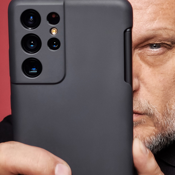 Samsung Galaxy S21 Ultra Vs. OnePlus 9 Pro Spec-by-Spec Camera Comparison; Which One is Better?