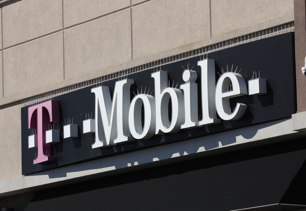 Boost Mobile Cannot Provide For 9 Million Users in Time; T-Mobile Shuts Down Sprint CDMA Service Soon