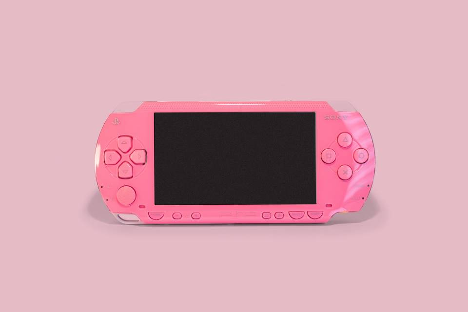 psp console in pink