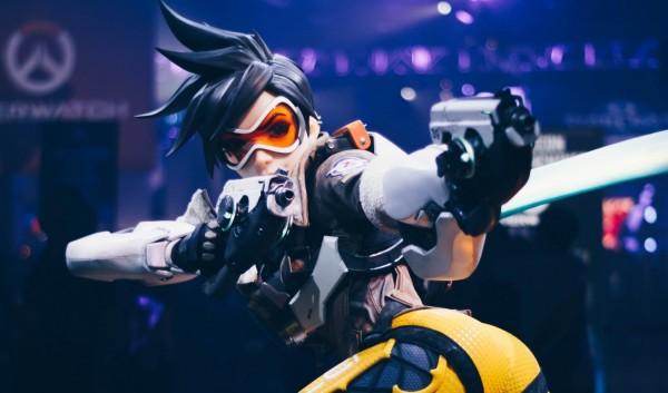 overwatch hero tracer