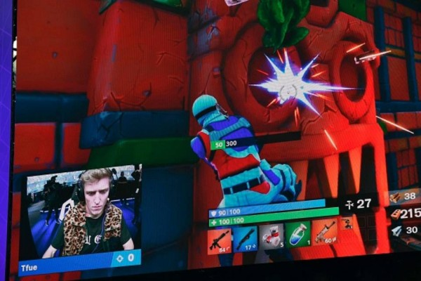 fortnite player in action