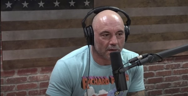 Joe Rogan's Spotify Podcast Tells Disinformation About COVID Vaccines; Draws Flak from the Crowd