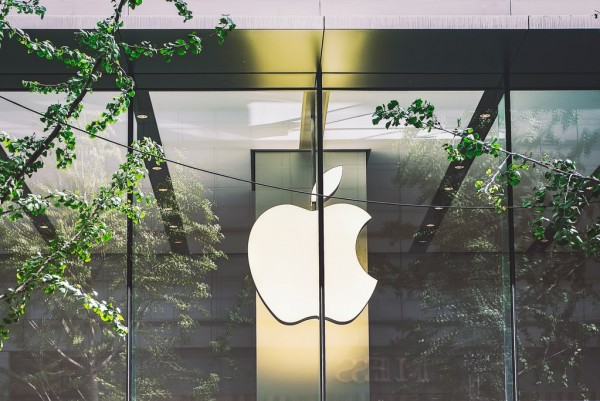 Foldable iPhones Rumor: Apple Will Ship 15 to 20 Million of Them in 2023, Predicts Kuo
