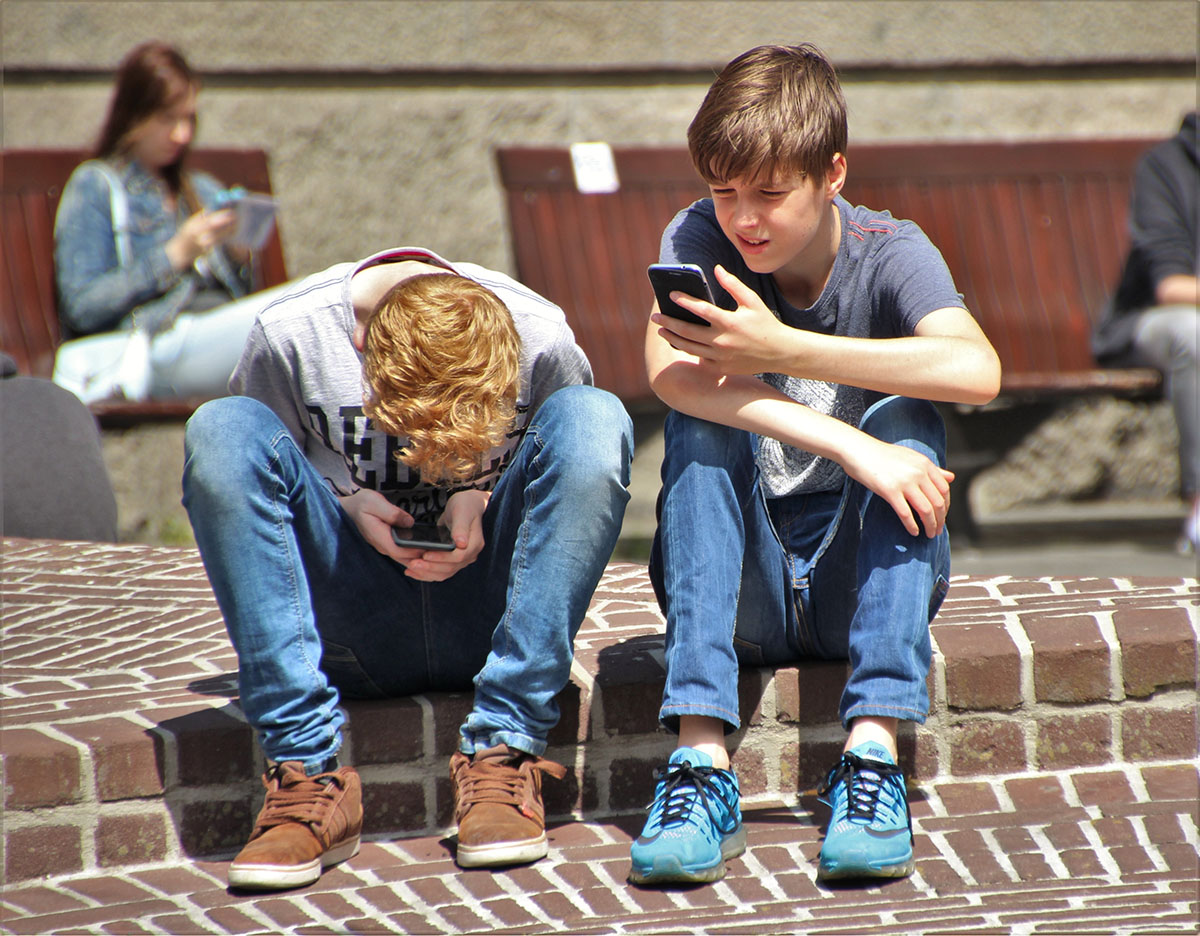 Mental Health Problems and Tech Use on Teens Has No Link, Study Suggests
