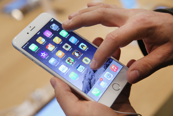 Apple is Currently in Trouble After iPhone 6 User Sues It for Alleged Battery Defect: Things You Must Avoid