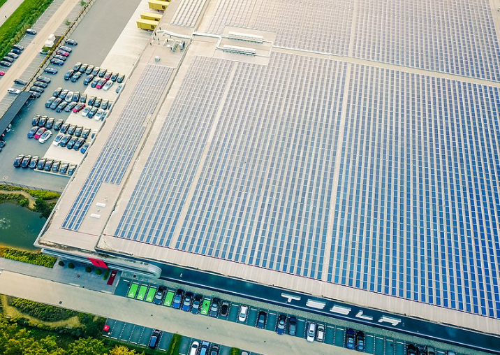 Tesla Sudden Solar Roof Price Hike Causes Customers to File Lawsuit
