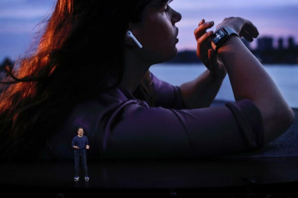 Spotify Users with Apple Watch Can Finally Listen to Music Offline